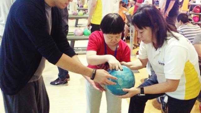 bowling_april_2014